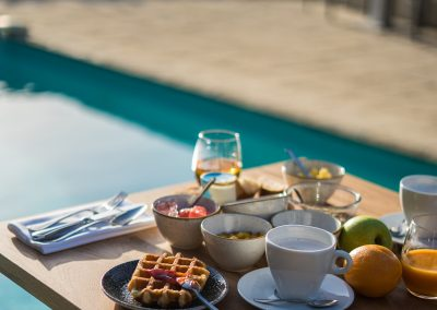 PoMo_hotel_photos-petit-dejeuner-piscine-hotel-terrasse_octobo-lyon-08717