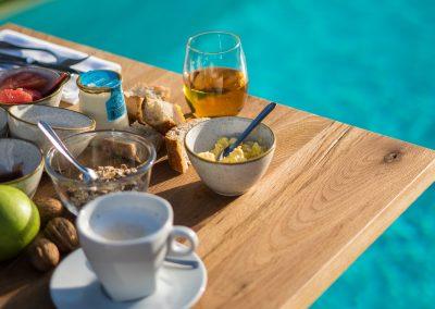 PoMo_hotel_photos-petit-dejeuner-piscine-hotel-terrasse_octobo-lyon-08722